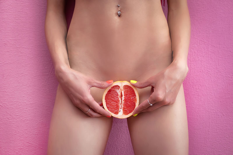 Anzügliches Obst als Zensur für den weiblichen Genitalbereich