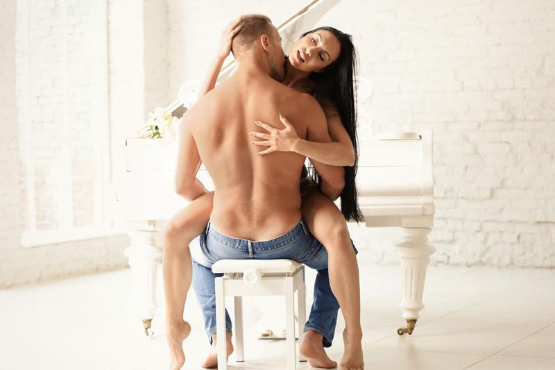 Sexmöbel: Bringe mehr Abwechslung in dein Liebesleben